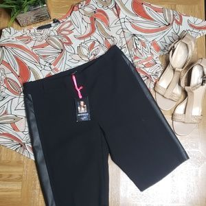 5 for $30 Sale🌷| Size 2 I love Ronson Shorts